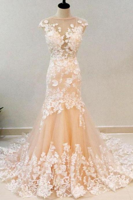 Blush Mermaid Wedding Dresses Ivory Lace Appliqued Trumpet Wedding Dress