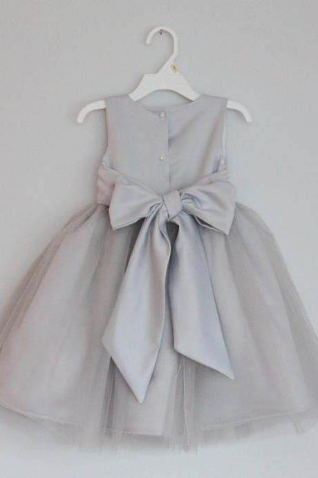 2016 grey flower girl dress with sash,Sleeveless flower girl dress,